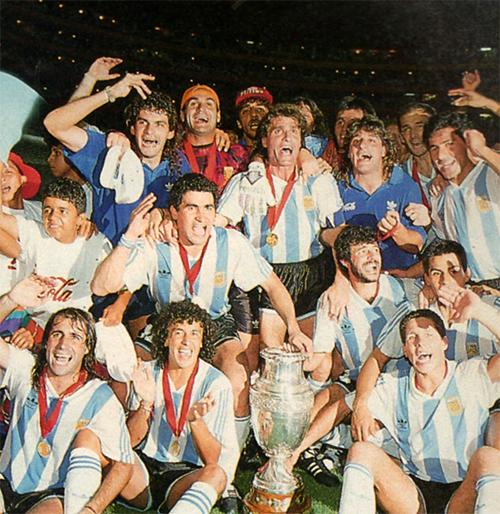 Argentina và gánh nặng vinh quang ở Copa America 2016