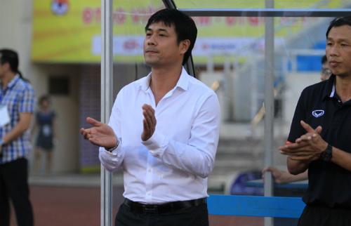 """HLV Hữu Thắng: """"Công Phượng đang bị vấn đề tâm lý"""""""