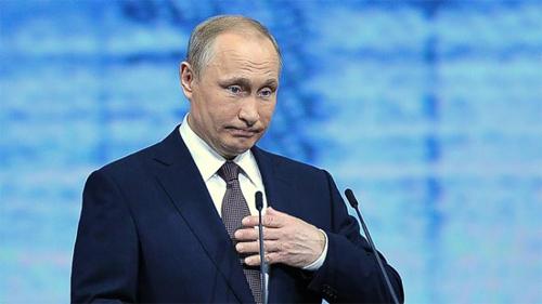 """Putin: """"Làm sao 200 CĐV Nga có thể đánh bại vài nghìn người Anh"""""""