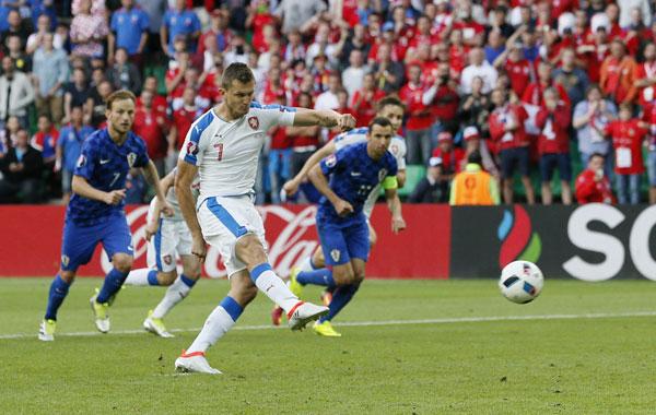 Croatia để tuột vé đi tiếp dù dẫn CH Czech hai bàn
