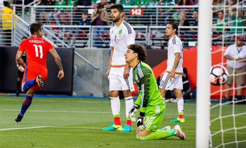 Chile tra tấn Mexico trên đường vào bán kết Copa America 2016