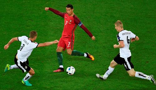 Ronaldo nhận lỗi khi Bồ Đào Nha chưa thể thắng tại Euro 2016
