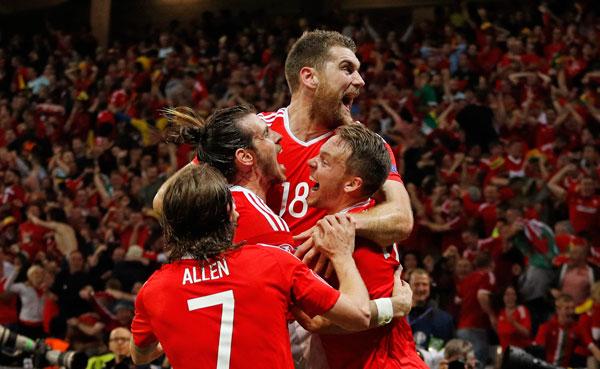 Xứ Wales từng bước xây nên chiến tích lịch sử tại Euro 2016. Ảnh: Reuters.