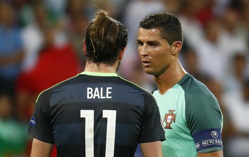 """Cầu thủ Xứ Wales: """"Hai bàn thắng của Ronaldo thật vớ vẩn"""""""