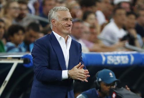 """Deschamp: """"Sẽ vô nghĩa nếu Pháp không thắng Bồ Đào Nha"""""""