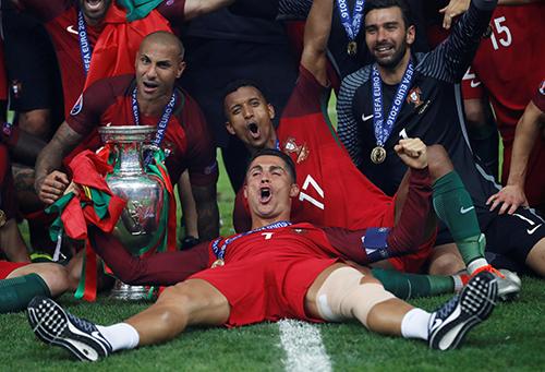 Bồ Đào Nha vô địch Euro nhờ công lớn từ CLB cũ của Ronaldo