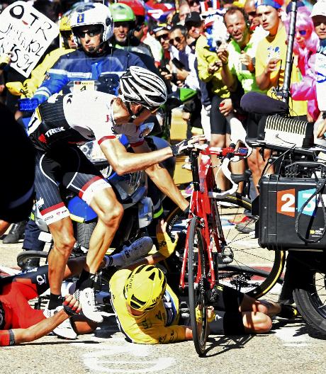 ĐKVĐ chạy bộ, suýt mất Áo Vàng ở Tour de France