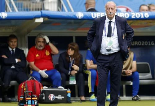 """Del Bosque: """"HLV mới của Tây Ban Nha nên được tự do chọn lối chơi"""""""