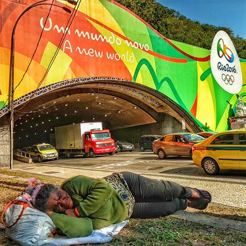 """Người Brazil chia sẻ bức ảnh """"đau lòng"""" để chỉ trích Olympic 2016"""
