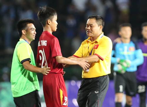 """Trưởng đoàn U16 Việt Nam: """"Tâm lý sẽ định đoạt trận chung kết"""""""