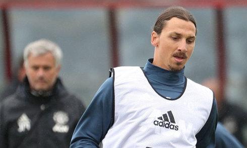 Buổi tập đầu tiên của Ibrahimovic tại Man Utd