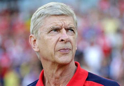 """Wenger: """"Ibra quá nhiều tuổi để tỏa sáng tại Anh"""""""