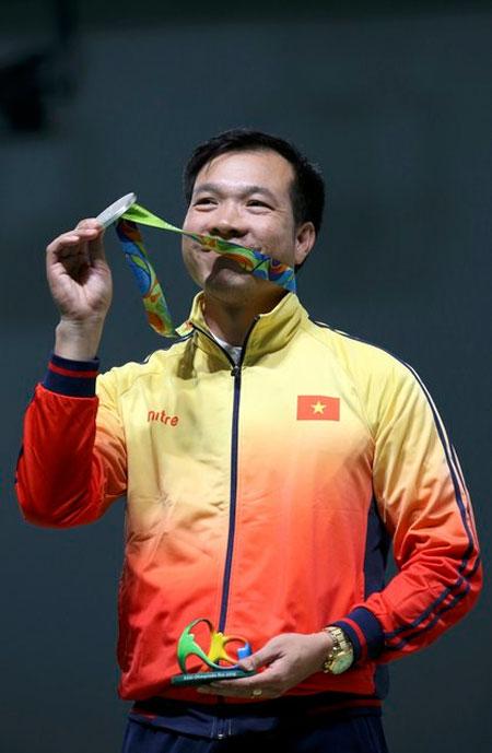 hoang-xuan-vinh-gianh-hc-bac-50m-sung-ngan-olympic-2016-page-2-1