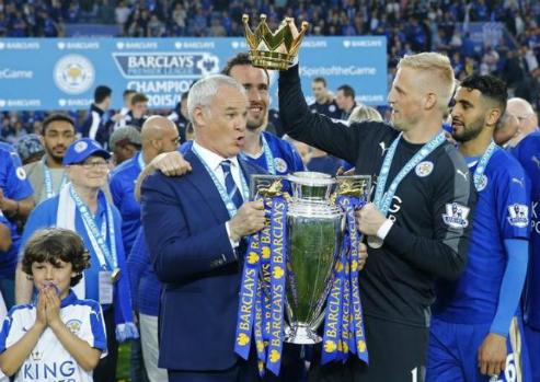 Leicester tăng lương gấp đôi, giữ chân Ranieri tới 2020