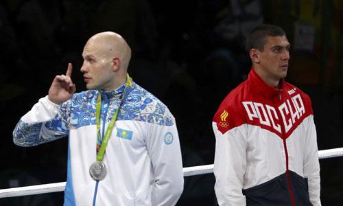 Võ sĩ quyền anh Nga bị la ó khi giành HC Vàng