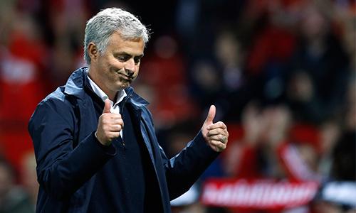 mourinho-man-utd-hoan-hao-du-co-the-thang-dam-hon