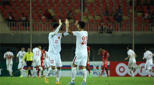 Chịu bàn thua tranh cãi, U19 Việt Nam tuột chiến thắng