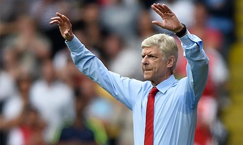 """Wenger hài lòng vì Arsenal """"kết liễu"""" Watford ngay từ hiệp đầu"""