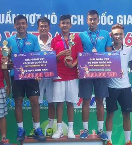 Tay vợt 15 tuổi cùng Lý Hoàng Nam vô địch đôi nam quốc gia