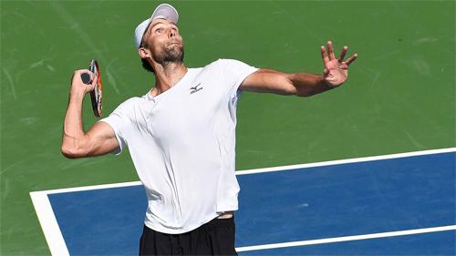 Tay vợt 37 tuổi phá kỷ lục tồn tại 17 năm tại Mỹ Mở rộng