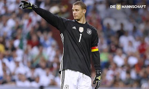 Neuer thay Schweinsteiger làm đội trưởng tuyển Đức