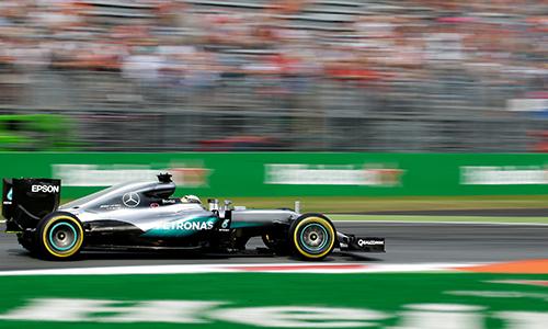 Hamilton giành pole, sánh ngang huyền thoại Senna tại Monza - ảnh 2