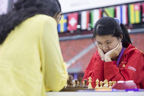 Tuyển nữ cờ vua Việt Nam cầm hoà đối thủ trên cơ Ấn Độ