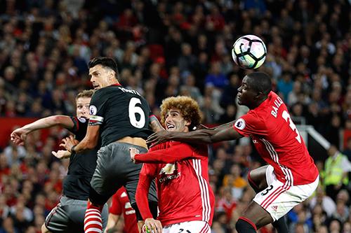 nhung-thay-doi-cua-man-utd-qua-100-ngay-duoi-truong-mourinho-1