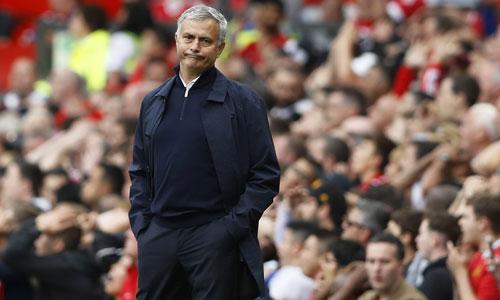 "Mourinho: ""Trọng tài mắc hai sai lầm lớn"""