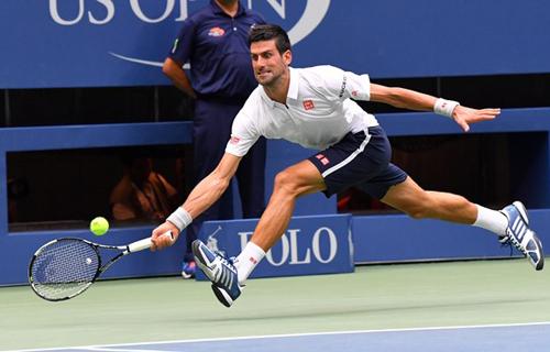 Dính chấn thương, Djokovic vẫn vào chung kết Mỹ Mở rộng