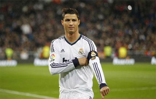 Ronaldo thăng chức tại Real