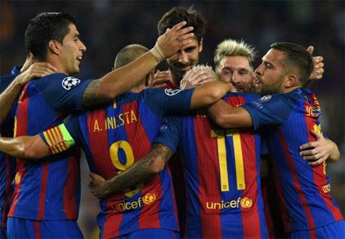Messi lập hat-trick, Barca mở màn Champions League bằng chiến thắng 7-0