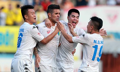 Hà Nội T&T mừng chức vô địch V-League 2016