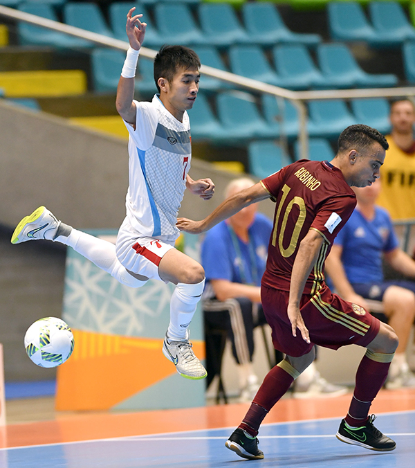 viet-nam-dung-buoc-o-vong-1-8-giai-fifa-futsal-world-cup-page-2-2