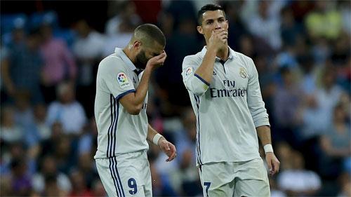 Real mất mạch toàn thắng, lỡ cơ hội phá kỷ lục của Barca