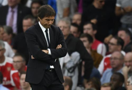 "Conte thừa nhận Chelsea chỉ là ""hổ giấy"""