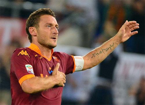 Francesco Totti: Tượng đài bất tử ở thành phố vĩnh hằng