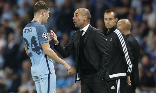 """Guardiola: """"Cầu thủ Man City có thể đá tệ, nhưng không được lười"""""""