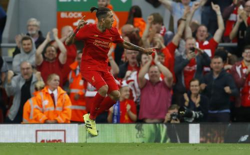 Liverpool thắng ngược Swansea, lên thứ hai Ngoại hạng Anh