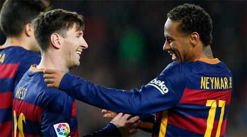 dan-anh-khuyen-neymar-khong-nen-co-lam-ban-sao-cua-messi