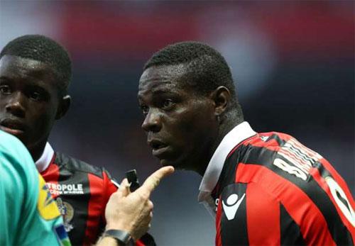 Ban tổ chức Ligue 1 xóa thẻ đỏ cho Balotelli