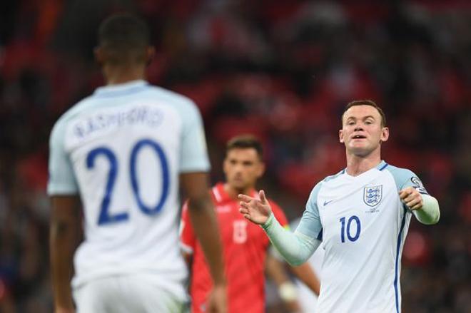 Bảy bức ảnh cho thấy phong độ tồi tệ của Rooney tại tuyển Anh - ảnh thể thao