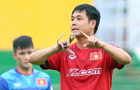 """HLV Hữu Thắng: """"Đừng phân biệt cầu thủ trẻ của HAGL với các CLB khác"""""""