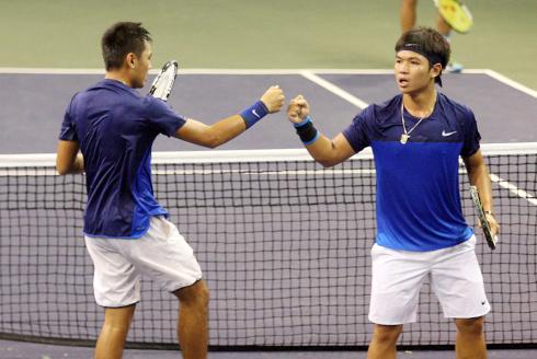 Hoàng Nam - Hoàng Thiên vào tứ kết Vietnam Open