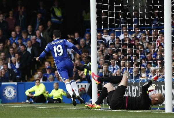 Costa ghi bàn, Chelsea đè bẹp Leicester