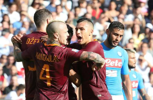 Dzeko lập cú đúp vào lưới Napoli, Roma lên thứ hai Serie A