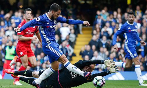 Hazard yêu thích sơ đồ 3-4-3 của Conte tại Chelsea