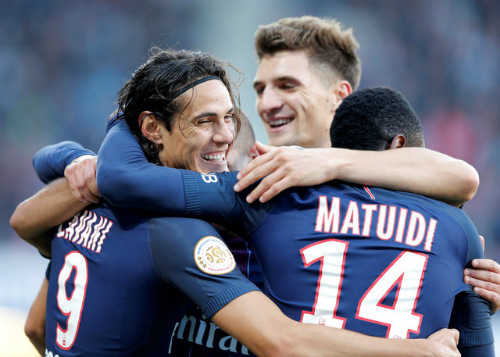 Cavani tiếp tục tỏa sáng, PSG chiếm ngôi nhì bảng Ligue I