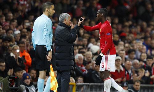 Mourinho chế giễu những người chỉ trích Pogba