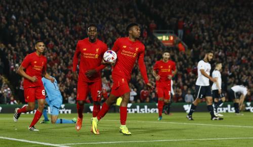 Liverpool loại Tottenham khỏi Cup liên đoàn